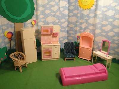 Accesorios para la casa de la barbie planeta ni as - Juegos de decorar la casa de barbie con piscina ...